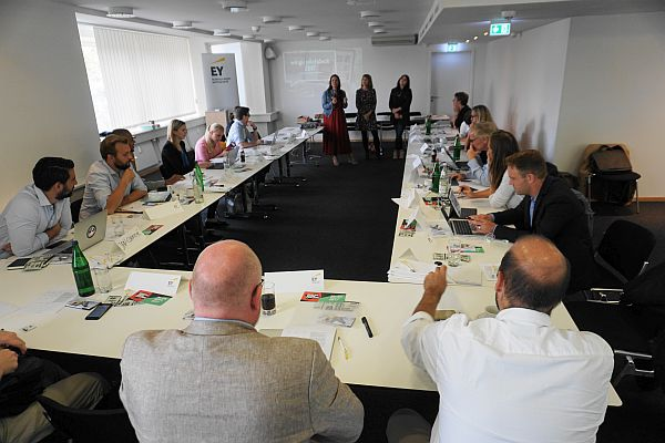 Hamburg Startups: Was macht eigentlich das Kuratorium beim Startups@Reeperbahn Pitch?